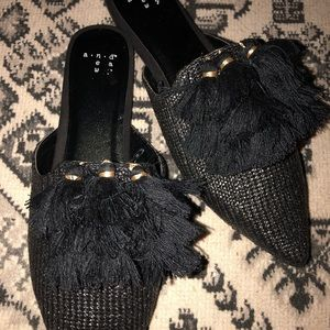 Black flats NWOT size 7.5